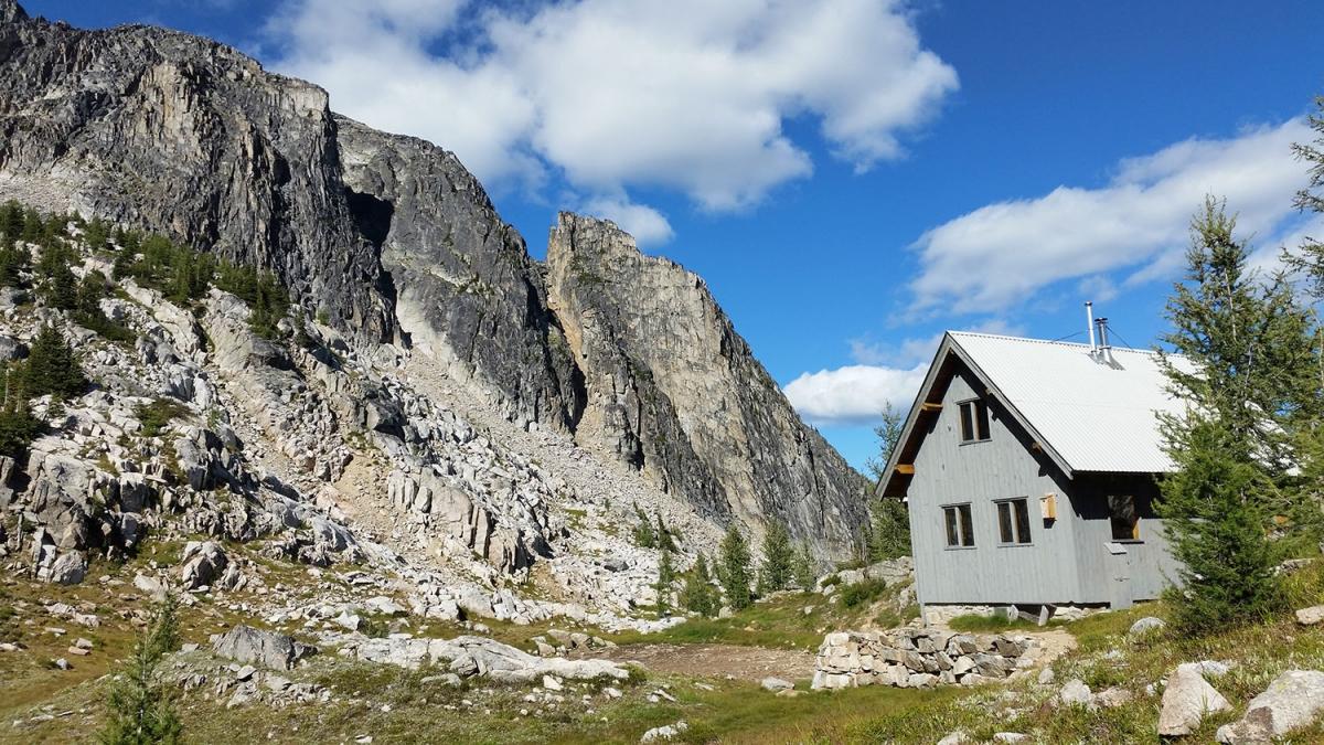 home-silverspray-hut